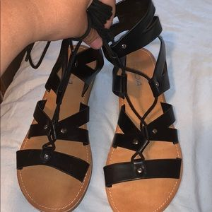 Black Tight Up Sandals